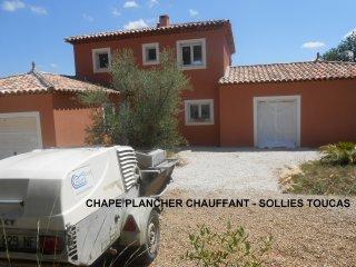 CHAPE_PLANCHER_CHAUFFANT_SOLLIES_TOUCAS.JPG